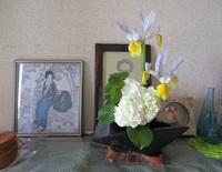 '19.4.17オオテマリ活け花.JPG