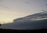'19.9.20黒雲と朝焼け.JPG