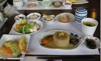 レストランの昼食.jpg